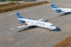 Avions de passagers à Podgorica Photos libres de droits