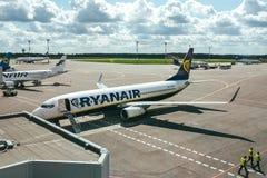 Avions de RYANAIR Boeing 737-8AS Photo libre de droits