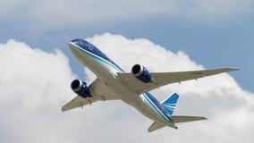 Avions de transport de passagers Boeing 757-8 Photographie stock