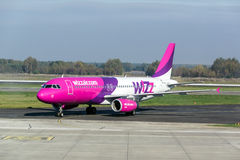 Avions de Wizzair Photo libre de droits