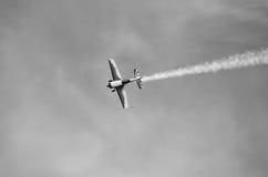 Avions légers dans la demi boucle Photographie stock