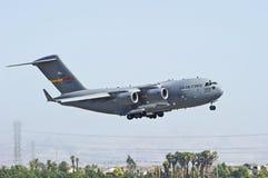 Avions militaires de transport de cargaison C-17 Photo stock