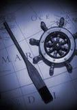 Aviron et roue images stock