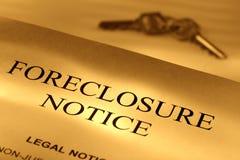 Aviso de la ejecución de una hipoteca de las propiedades inmobiliarias