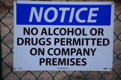 ¡Aviso! Ningún alcohol o drogas Foto de archivo