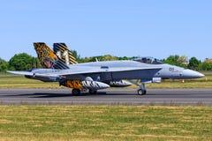 Avispón de McDonnell Douglas F/A-18C de Suiza - fuerza aérea imagen de archivo libre de regalías