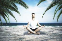 Avkoppling- och meditationbegrepp arkivbilder