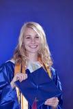 avlägga examen för kvinnligflicka som är tonårs- Royaltyfri Foto