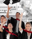 avlägga examen gruppfolk för högskola Royaltyfria Bilder