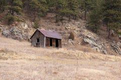 Avlägsen berggruvarbetarekabin Fotografering för Bildbyråer