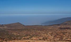 Avlägsen sikt från berget vid tenerife arkivbild