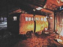 Avlagd hangar arkivbild