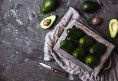 Avocado Alimento sulla tavola Fotografia Stock Libera da Diritti