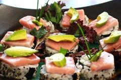 Avocado di Nigiri del sashimi dei sushi Fotografia Stock