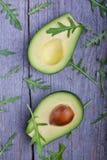 Avocado e rucola Fotografie Stock
