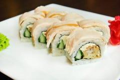 Avocado ed anguilla del rotolo di sushi Fotografia Stock