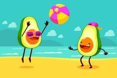 Avocado het spelen bal op strand Stock Foto's
