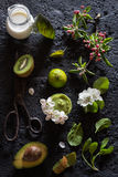 Avocado, Kiwi, Spinach and Lime Smoothie Royalty Free Stock Photography