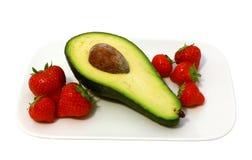 Avocado met aardbei Royalty-vrije Stock Foto's