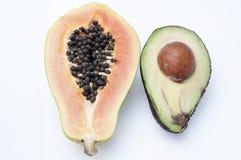 Avocado und Papaya Lizenzfreie Stockbilder