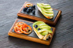 Avocadosandwich Lizenzfreie Stockbilder
