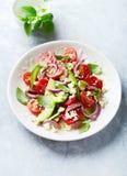 Avocat et Cherry Tomato Salad photos stock