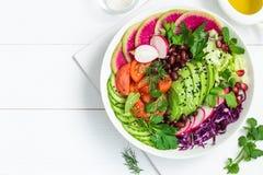 Avocat, haricot rouge, tomate, concombre, chou rouge et watermelo photos libres de droits
