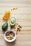 Avocats, écrous, complexe omega-3 Images libres de droits