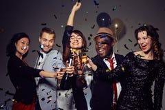 Avoir l'amusement à la partie de nouvelle année Photos stock