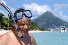 Avoir l'amusement à la plage Photographie stock