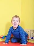 Avoir l'amusement dans le jardin d'enfants Photo libre de droits