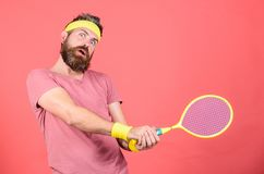 Avoir l'amusement Loisirs actifs de tennis Mode de cru de joueur de tennis Sport et divertissement de tennis Prise de hippie d'at photo libre de droits
