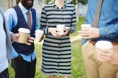 Avoir le bon temps pendant la pause-café Image libre de droits