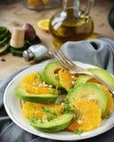 Avokado- och apelsinsallad Royaltyfri Fotografi