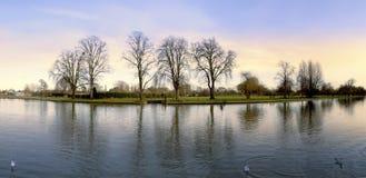 avon flod royaltyfria foton