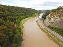 Avon flod och huvudväg Arkivbild