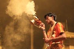 Avond Ganga Aarti in Varanasi royalty-vrije stock foto