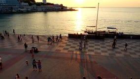 Avonddijk van Sebastopol bij zonsondergang stock videobeelden