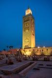 Avondmening bij de Koutoubia-Minaret in Marrakech - Marokko Royalty-vrije Stock Fotografie