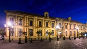 Avondmening van het Paleis van de Aartsbisschop van Sevilla stock fotografie