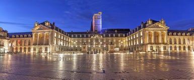 Avondpanorama van Bevrijdingsvierkant, Dijon Stock Afbeelding