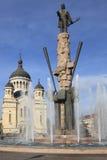 Avram Iancu Sqaure em Cluj Napoca, Romania Fotos de Stock Royalty Free
