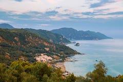 Avramis Pelekas strand, Korfu, Grekland Arkivfoto