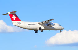 AVRO RJ100瑞士航空公司 免版税库存图片