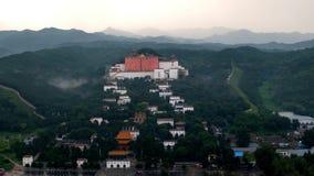 Avsides tempel i ChengDe Arkivbild