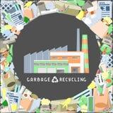 Avskrädeåtervinningsanläggningen som förbi omges, rackar ner på stock illustrationer