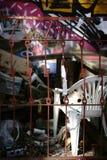 Avskräde av en partizon bak staketet Arkivbilder