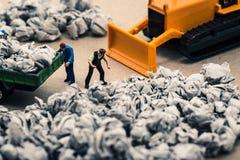 Avskräde- och miniatyrdockor Fotografering för Bildbyråer