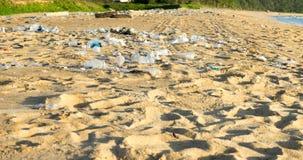 Avskräde på stranden Royaltyfria Bilder