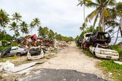 Avskrädeförrådsplats, nedgrävning av sopor, Tuvalu, Polynesien, Oceanien Ekologiskt a arkivfoton
